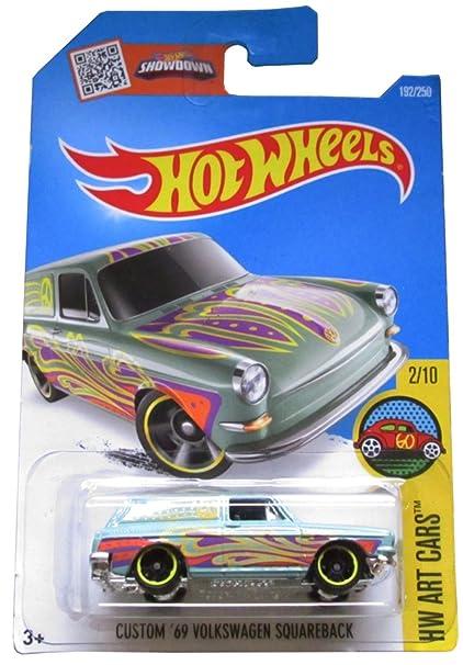 Hot Wheels 2016 HW Art Cars Custom '69 Volkswagen Squareback 192/250, Light  Green