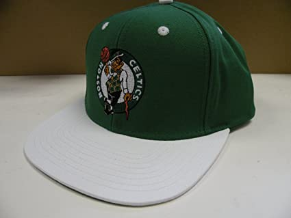 b4bd6276 Image Unavailable. Image not available for. Color: NBA Boston Celtics Green  White 2 Tone Snapback Cap Retro