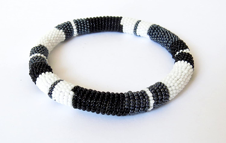 Black//white//gunmetal African Zulu beaded round bracelet