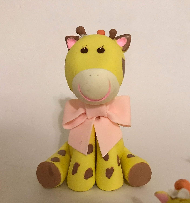 Baby Giraffe Cake Topper.