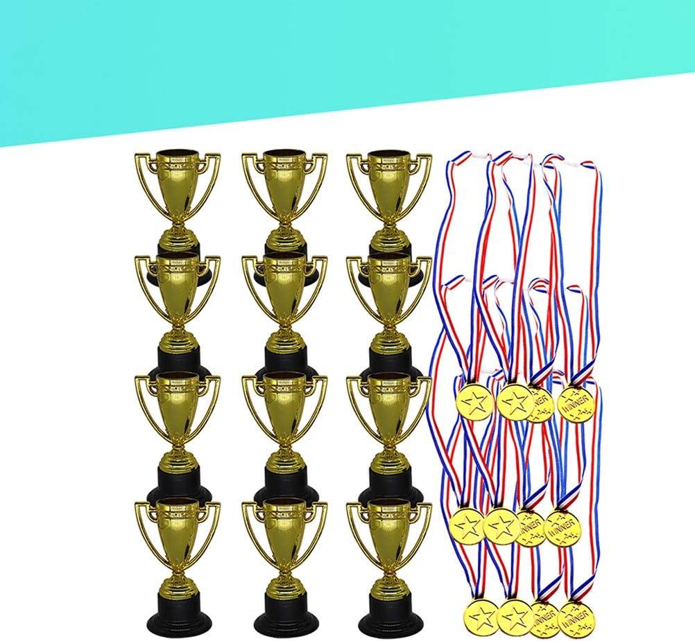 STOBOK 24 Piezas Juguetes para niños Mini Plástico Mini Copas de Oro y medallas para Fiestas Artículos para niños Juguetes de Aprendizaje temprano Premios (12 * Trofeos + 12 * Medallas): Amazon.es: Hogar