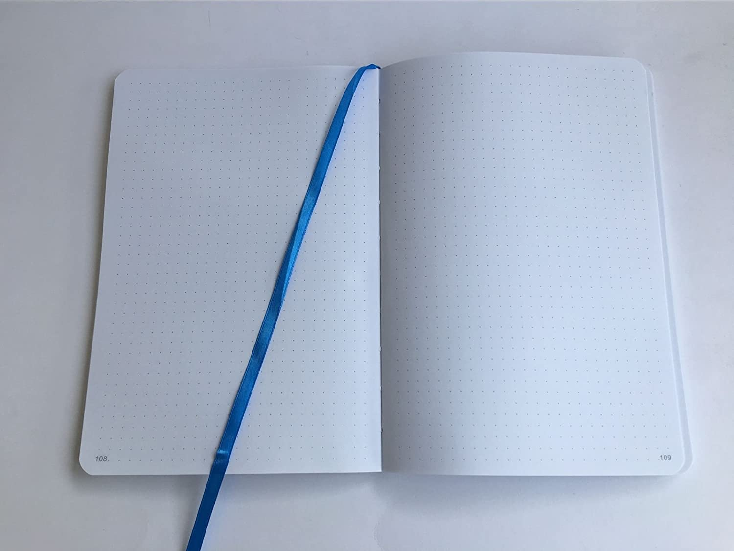 240 Numbered Pages Lay Flat Binding Dot Grid Refill for SohoSpark Writing Journal