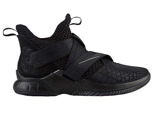 0f2ab770ac5 Nike Men s Lebron Soldier 10 Basketball Shoes  Nike  Amazon.ca ...