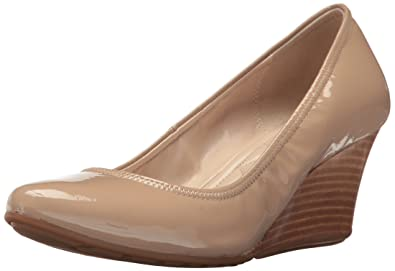 55e1a01c7af3 Cole Haan Women s Emory Luxe Wedge 65MM Pump  Amazon.com.au  Fashion