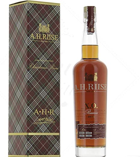 AH Riise AH Riise XO Reserve Christmas Rum Limited Edition - Old Edition 40% Vol. 0,7l - 700 ml