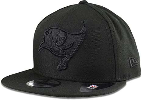 Image Unavailable. Image not available for. Color  New Era Tampa Bay  Buccaneers Hat NFL Black on Black 9FIFTY Snapback Adjustable Cap Adult One a6fb663d6