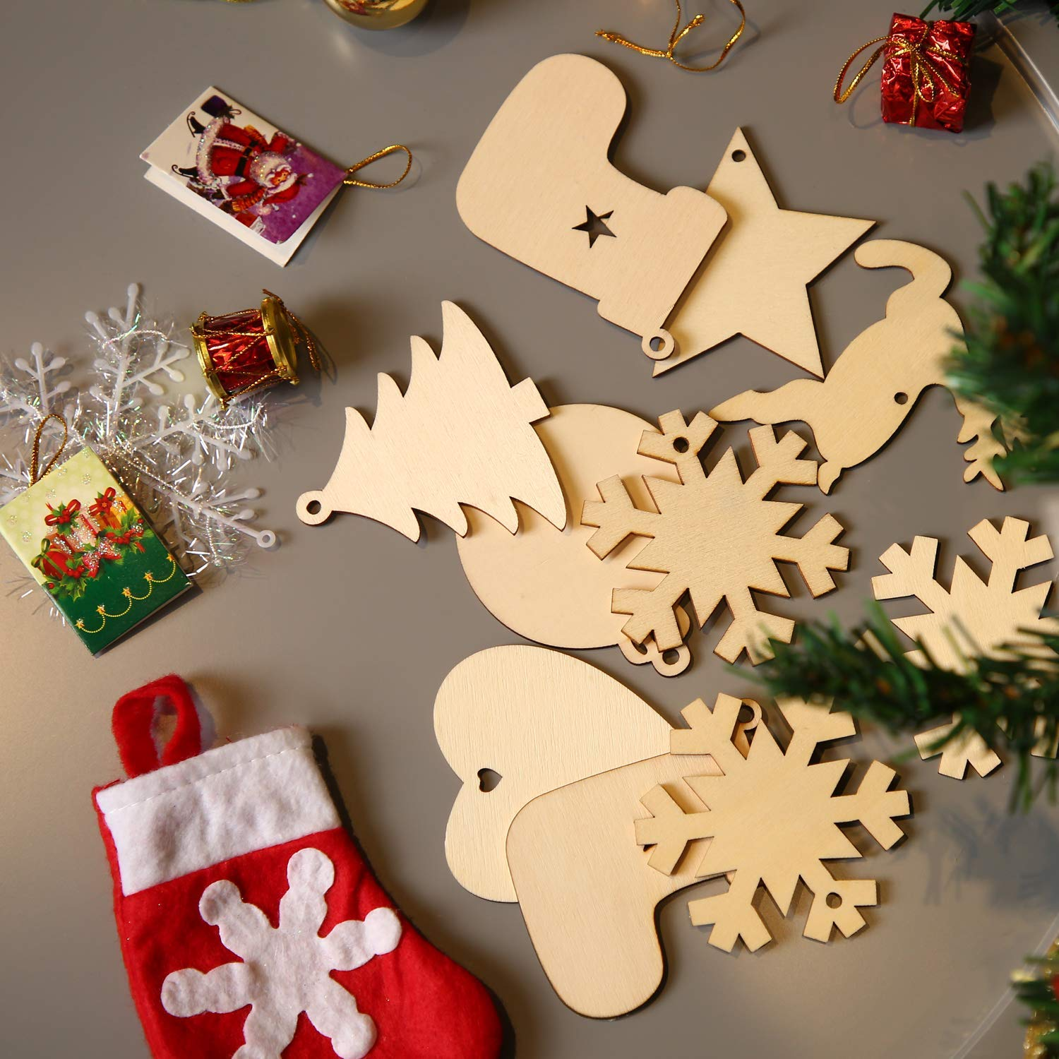Doll Snowflake 60pcs Unfinished Wood Christmas Ornaments with Holes Wood Crafts to Paint DIY Christmas Hanging Decoration Star Christmas Tree Deer Ball