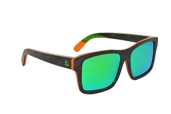 a5b545f59565c KYND Wooden Bamboo Polarized Sunglasses Wayfer Style For Men And Women - Rastas  Black Rock Green