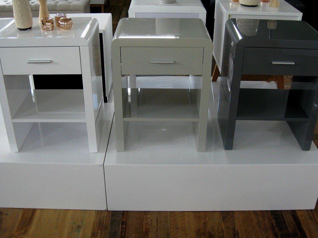 Nachttisch Für Boxspringbett design nachttisch boxspringbett nachtkommode sn 1 weiß hochglanz neu