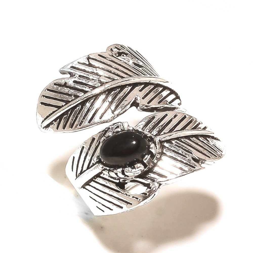 Sizable! size 6 US New Design Black Onyx Silver Overlay 8 Gram Ring