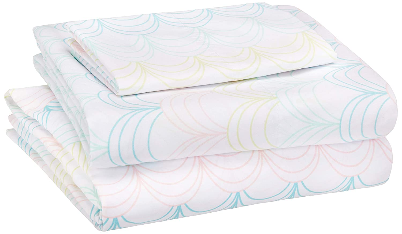 AmazonBasics Kid's Sheet Set - Soft, Easy-Wash Microfiber - Twin, Multi-Color Scallop