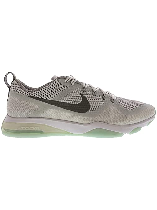 newest ac794 97644 Amazon.com   NIKE Women s Air Zoom Fitness Reflect Ankle-High Training Shoes    Running