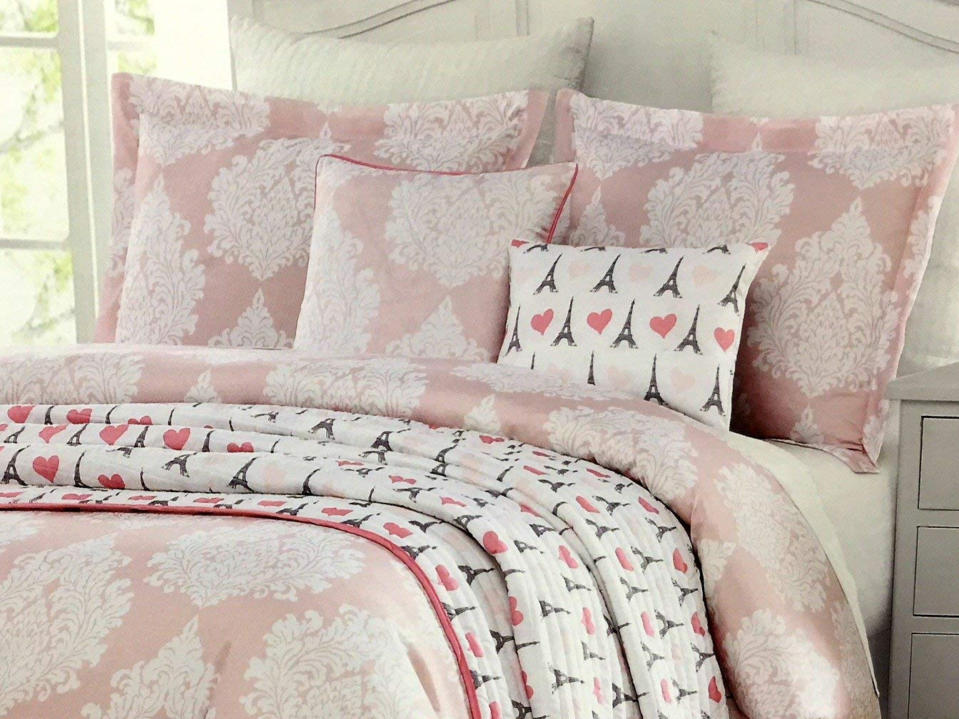 Envogue Kids 5 pc Paris/Eiffel Tower Twin Comforter Set for Girls with Coverlet Blanket 2 Throw Pillows and Sham - Eiffel Tower Hearts White Damask Medallions on Pink