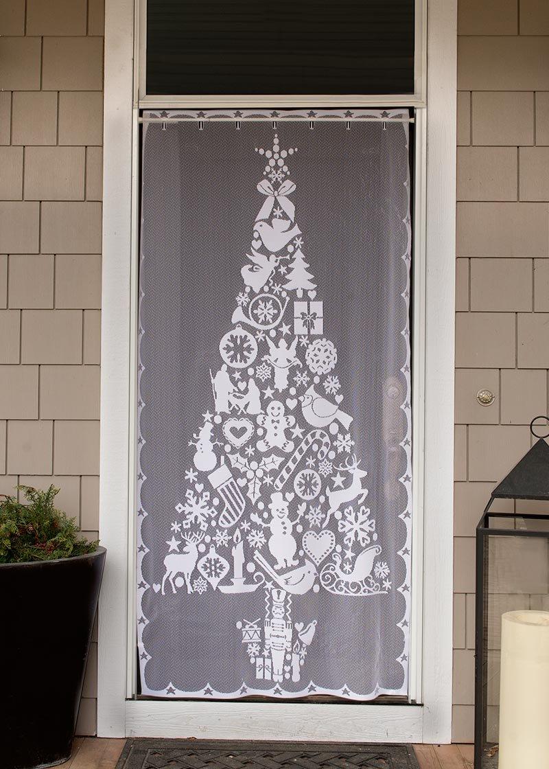 Heritage Lace Christmas Tree 38X76 Panel