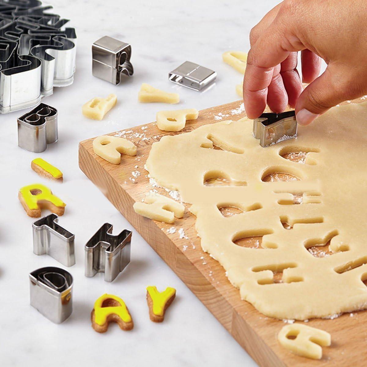 Pour les biscuits et la d/écoration de g/âteaux Avec bo/îte de rangement Emporte-pi/èces Ertek en acier inoxydable 26/lettres de lalphabet et 10/chiffres