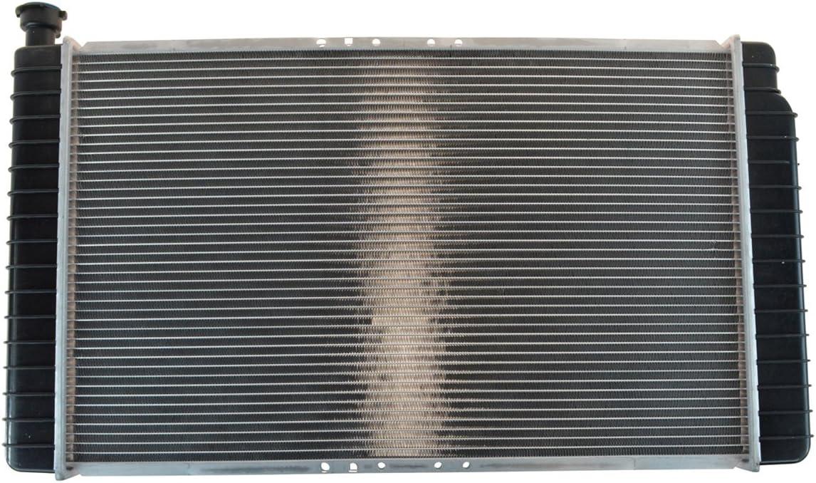"BESUTO Radiator for C//K Series C1500 K1500 C2500 K2500 V6 V8 28/"" Wide Core"
