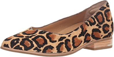 Dr. Scholl's Womens Flair Fur Pointed