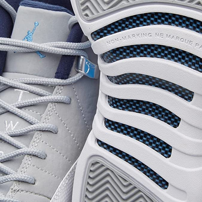 los angeles fd4c2 3d029 Amazon.com   NIKE Air Jordan 12 XII Retro (GS) University Blue - Wolf Grey  - White - Midnight Navy US 4y   Basketball