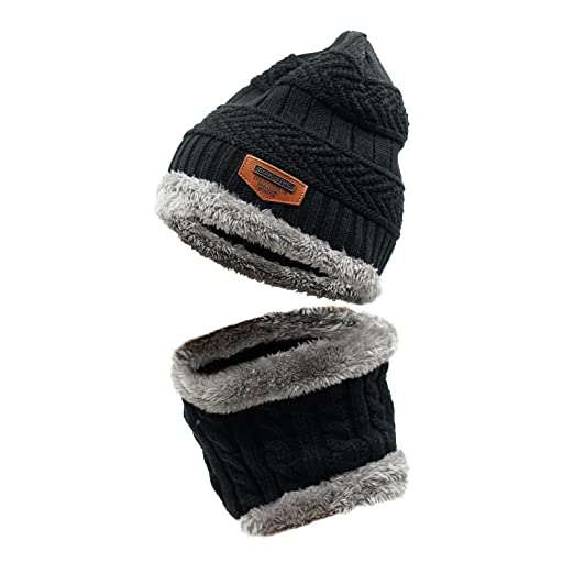 8adbc2513da Amazon.com  LLmoway Winter Beanie Scarf Set for Kids Boys Girls ...