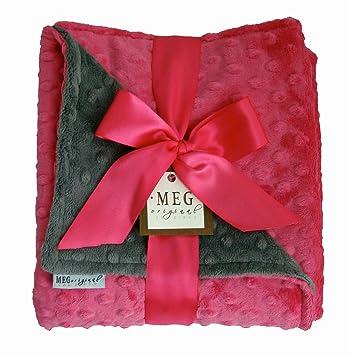 Amazon.com: Meg Original Minky manta de punto caliente rosa ...