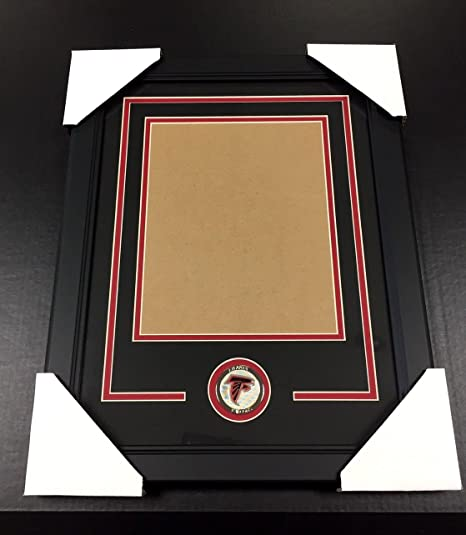 eeaf27db Amazon.com: ATLANTA FALCONS Medallion Frame Kit 8x10 Photo Double ...