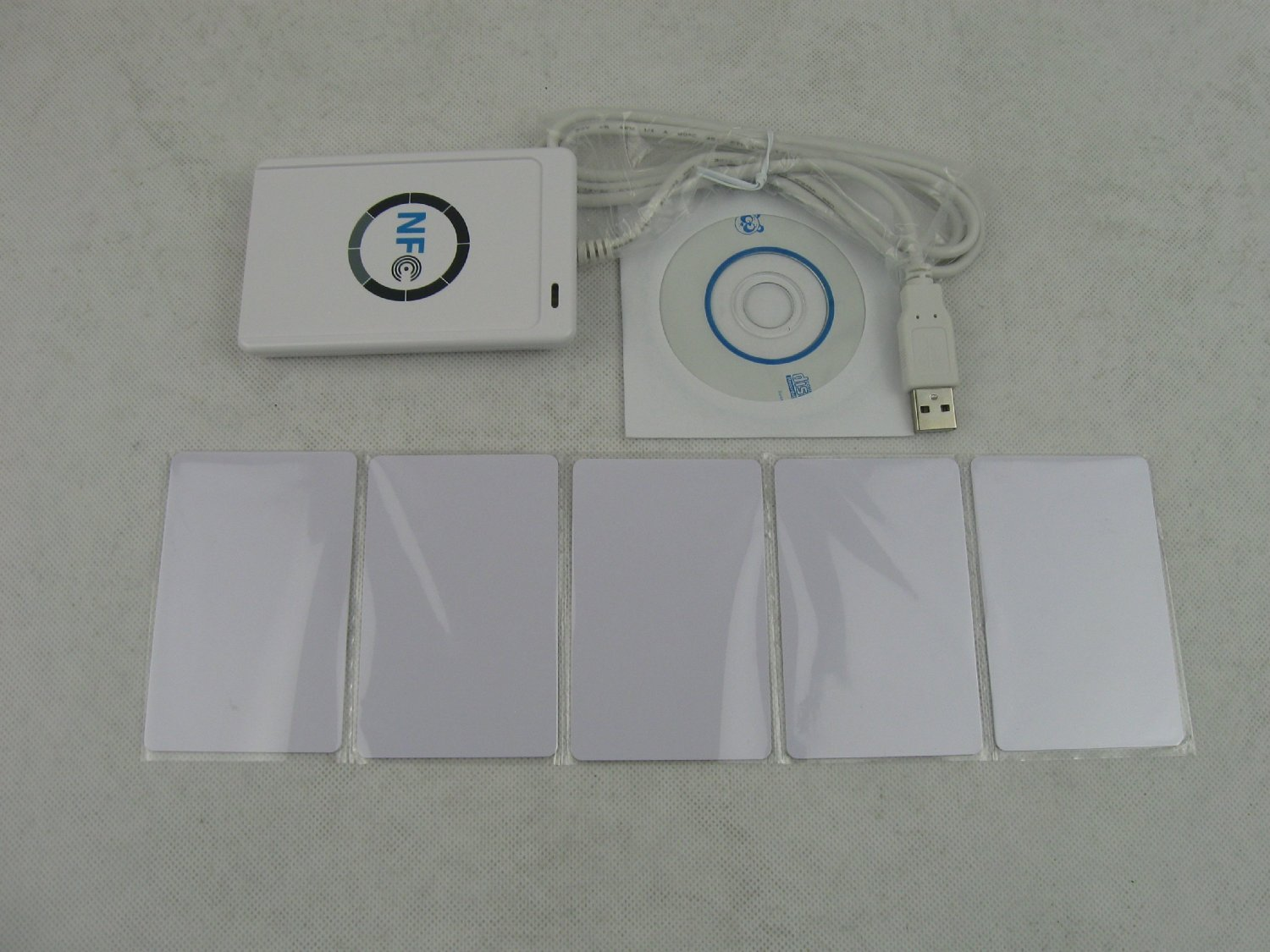 Yosoo ACR122U NFC RFID Contactless Smart Reader & Writer/USB + 5X Mifare IC Card by Yosoo