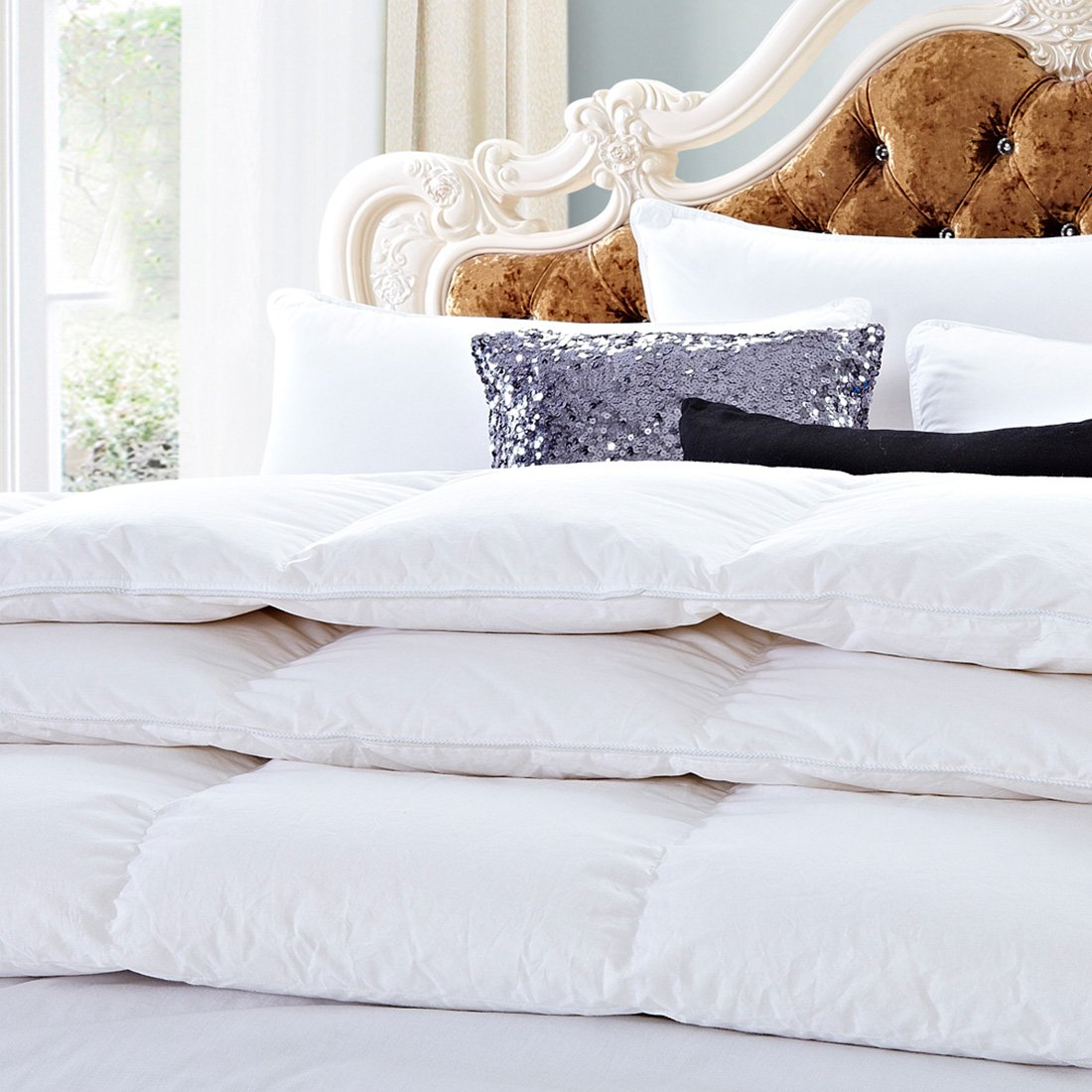 White Goose Down Comforter Full/Queen Size 600 Thread Count 100% Cotton 750+ fill power Shell Down Proof-Solid White Hypo-allergenic with Corner Tab by SHEONE (Image #3)