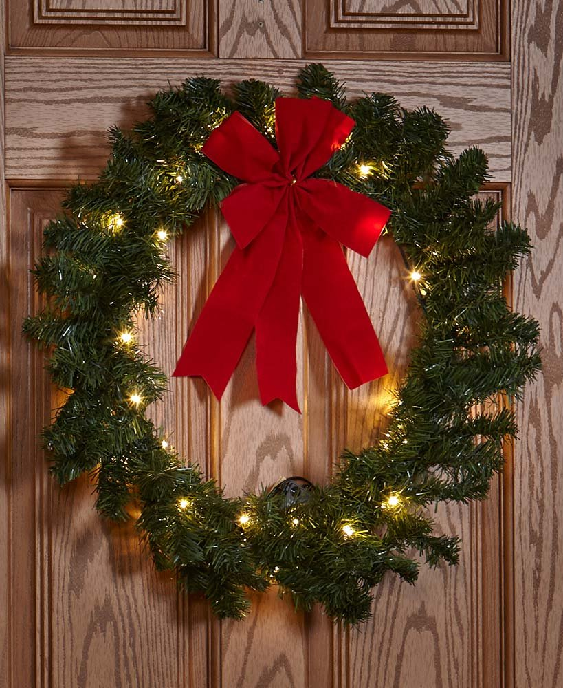 The Lakeside Collection 24'' Remote-Controlled Outdoor Wreath