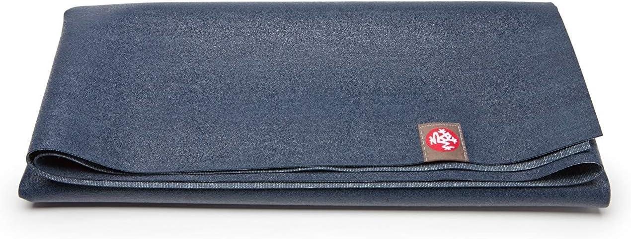 Foldable, packable yoga mat