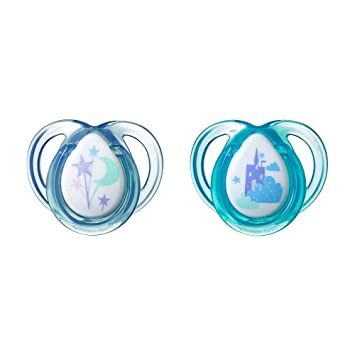 Tommee Tippee Closer to Natire Everyday Pacifier, BPA-Free, Bottle Shapped Nipple, 0-6 Months,...