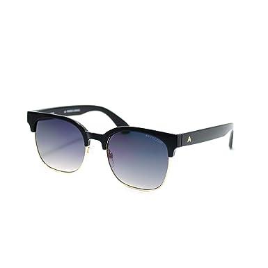 4c18b9bdfb475 Óculos de sol Atitude - AT5370 A01 - Preto  Amazon.com.br  Amazon Moda