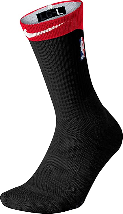 95a895949 Amazon.com  Nike NBA Elite Quick Crew Basketball Socks  Sports ...