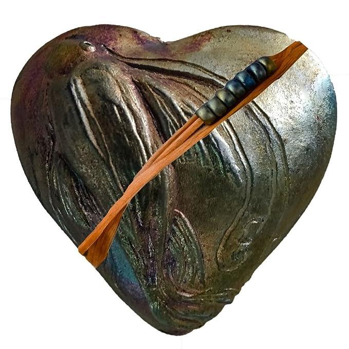 Amazon.com: Raku Koi japoneses corazón Sonajero, hecha a ...