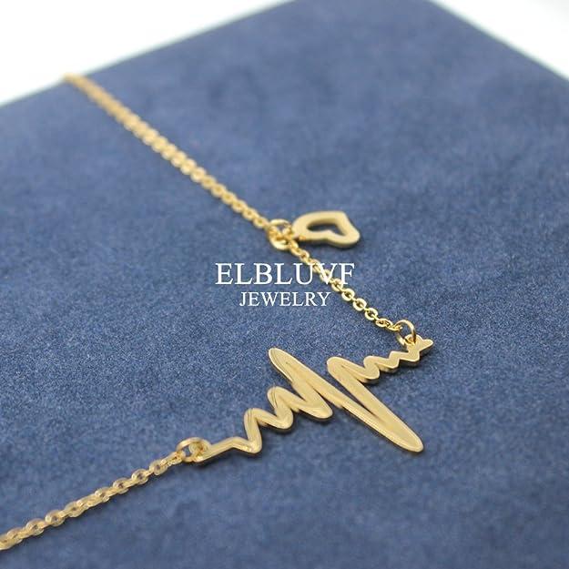 Carved Heart Pendant Bracelet Woman Fashion Jewelry 18K Gold Filled  L/&6