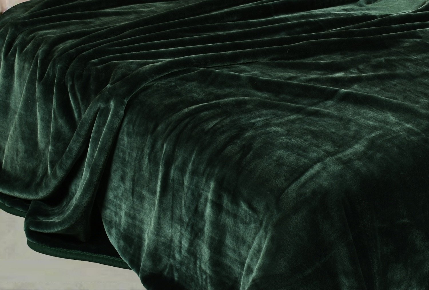 Chezmoi Collection Heavy Thick One Ply Korean Style Fur Mink Blanket 9-Pound Oversized King 105x92'' (King, Green)