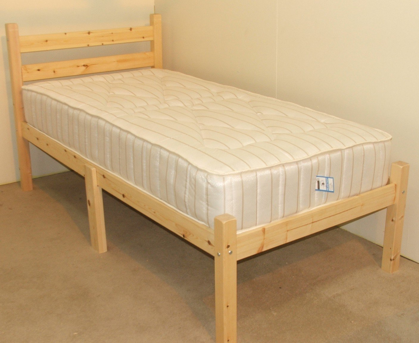 Junior Bed 2ft 6 By 5ft 9 Short Single With 5 15cm Sprung Mattress Amazoncouk Kitchen Home
