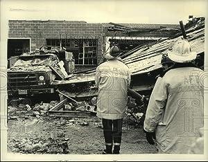 Historic Images 1981 Press Photo Explosion Debris at Niagara Mohawk Facility in Albany, New York