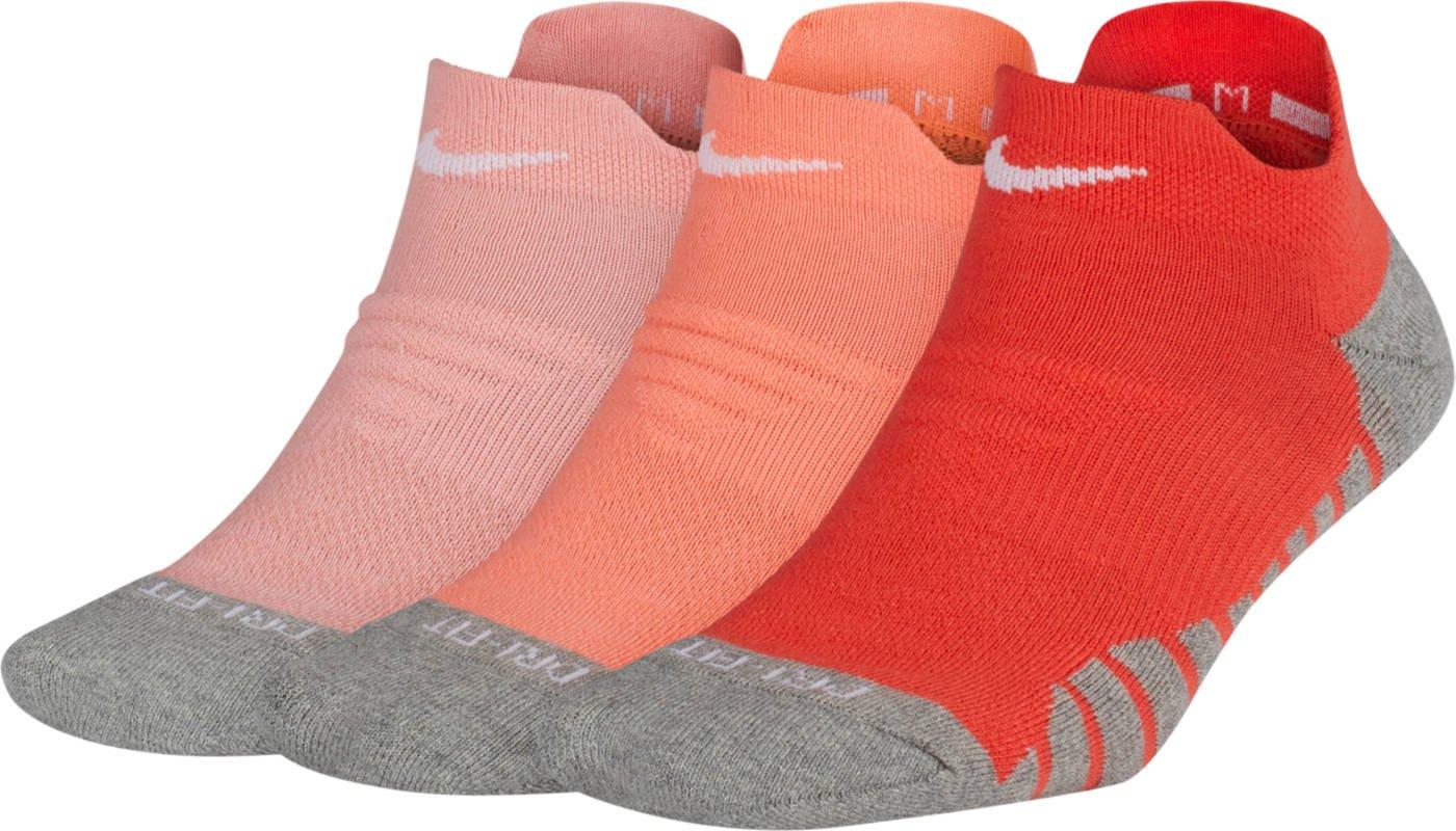 Nike Dry Cushion Low (Medium, Pink Multi-Color)