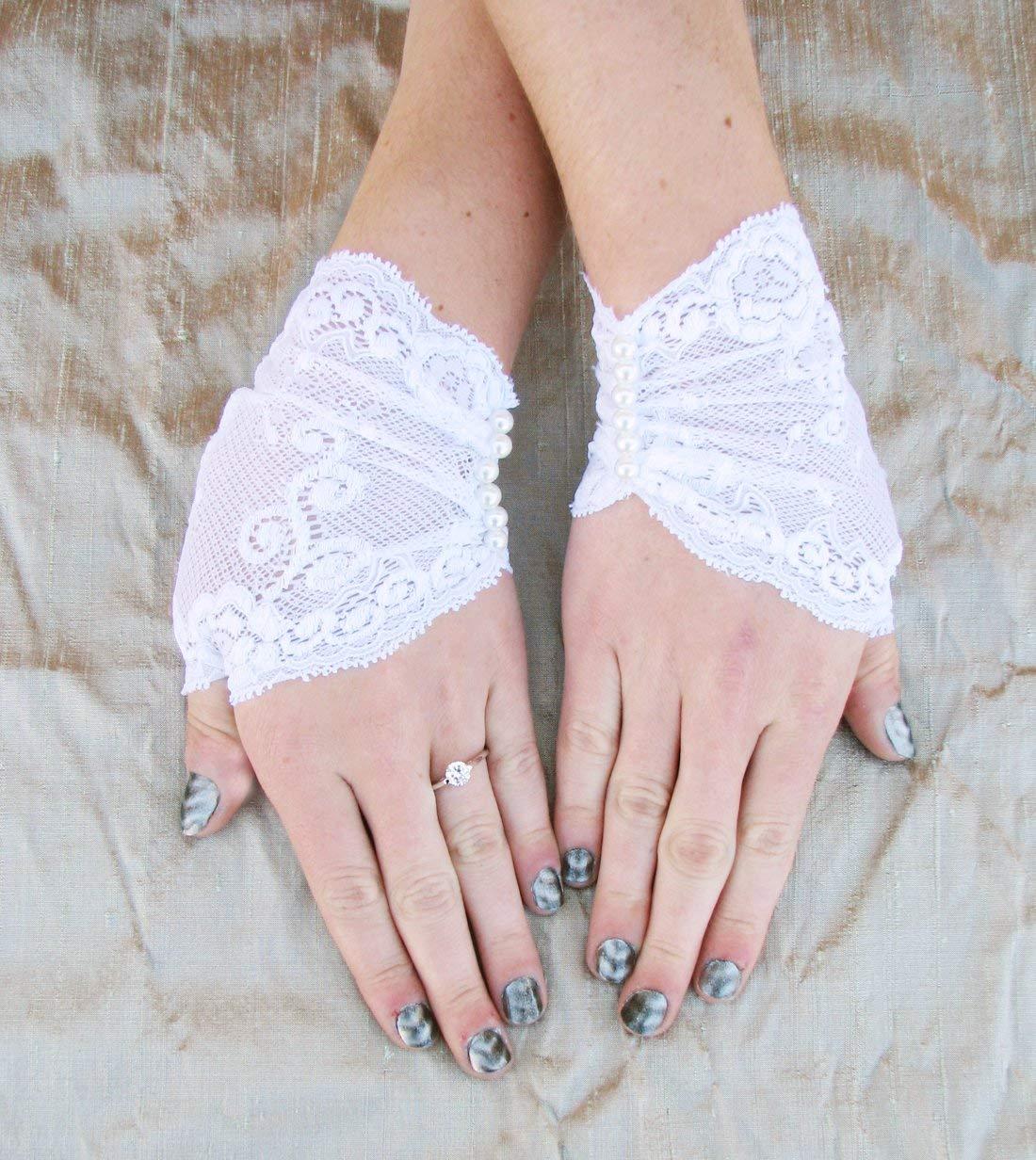 single Victorian Steampunk lace glove Steampunk Bridal wrist cuff Steampunk Wedding Glove VICTORIAN VINTAGE LACE Glove