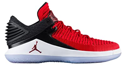 sports shoes be7bb 9f517 Nike Air Jordan XXXII Low BG Youth Basketball Shoes