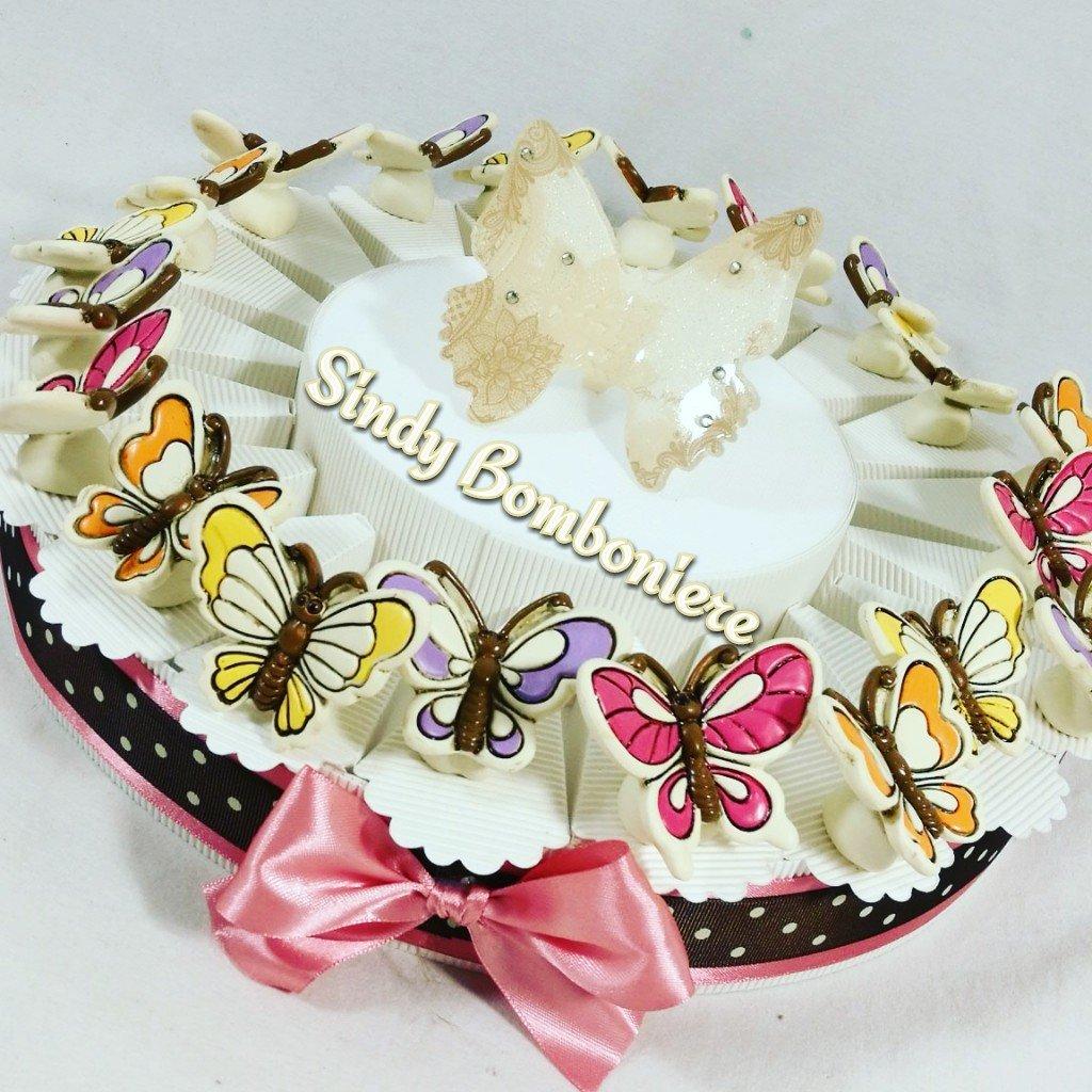 Bomboniere Battesimo Bimba Farfalla Torta portaconfetti Confetti rosa- Torta 20 fette + 20 Farfalle + Farfalla GAI Mattiolo cenrale + Confetti rosa Cioccolato APR