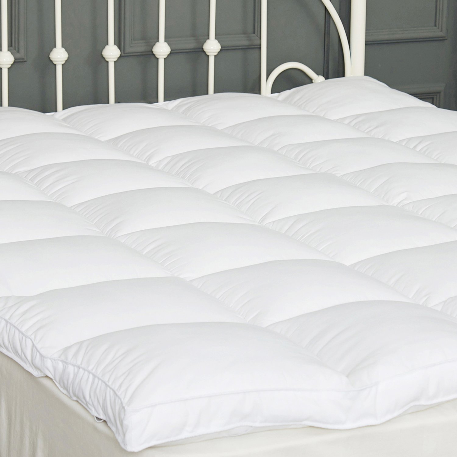 King Mattress Topper Down Alternative, Quilted Pillow Top Mattress Pad with 2'' Thick Plush Hypoallergenic Microfiber, Hotel Quality, 5 Year Warranty