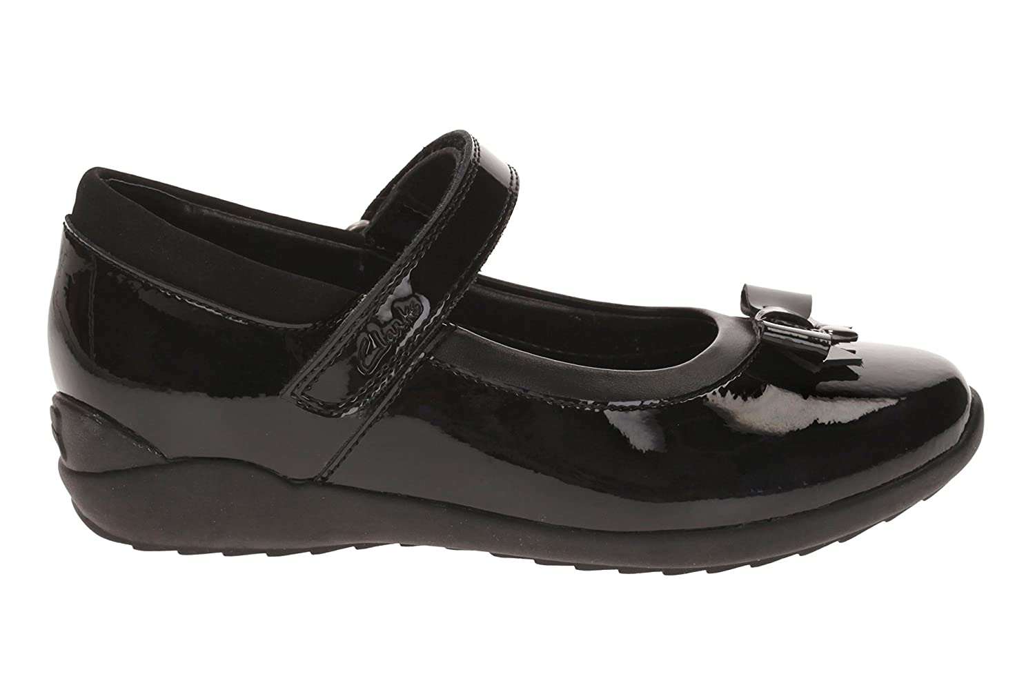 8ade4f4e6 Clarks 1889-06F TING Fever INF Black Patent Kids School Shoes   Amazon.co.uk  Shoes   Bags
