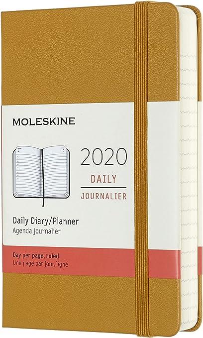 Oferta amazon: Moleskine - Agenda Diaria de 12 Meses 2020, Tapa Dura y Goma Elástica, Tamaño Pequeño 9 x 14 cm, 400 Páginas, Amarillo Ocre (AGENDA 12 MOIS)