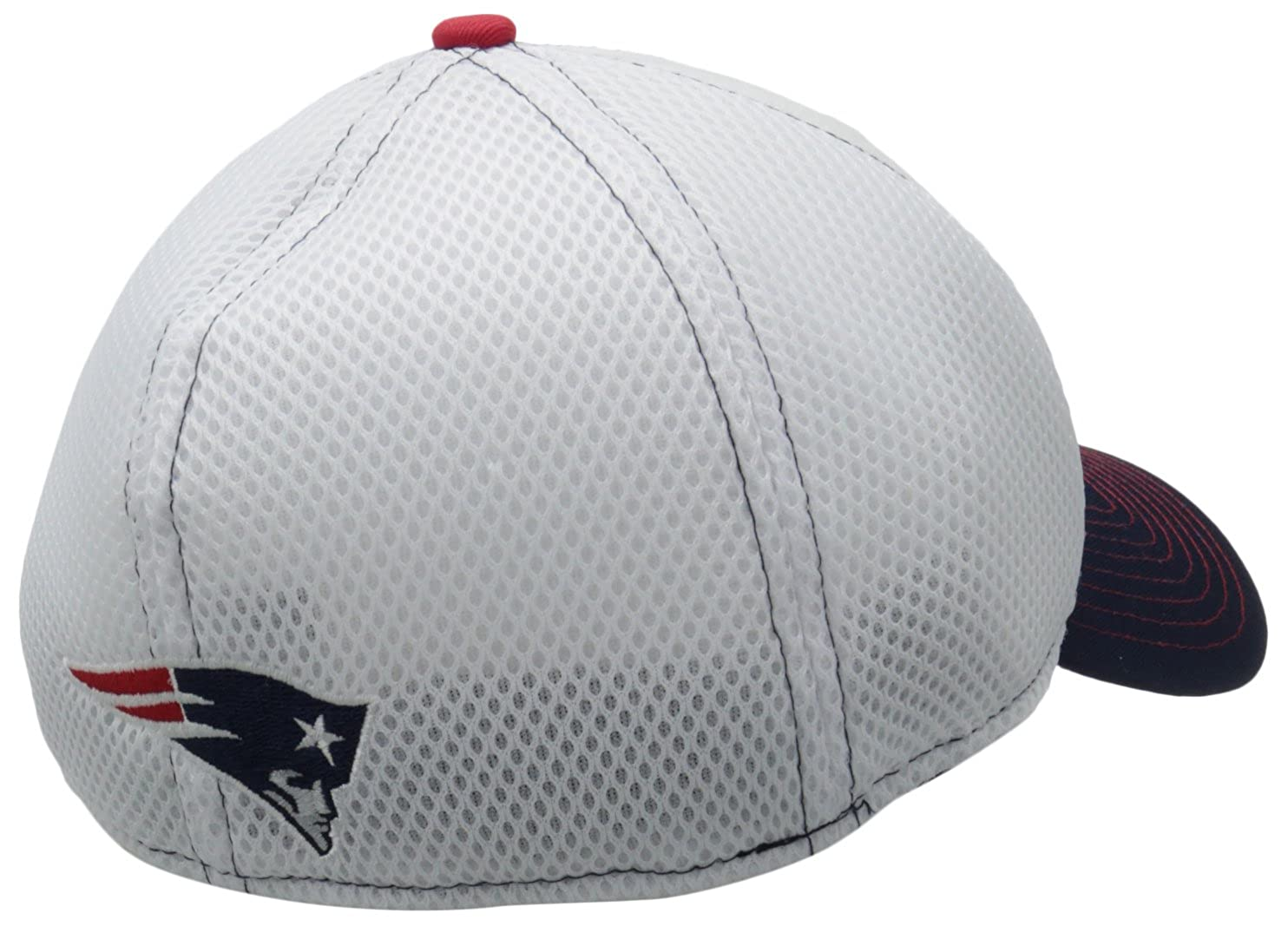 cc86853d9d6 Amazon.com   NFL New England Patriots Blitz Neo 39Thirty Flex Fit ...