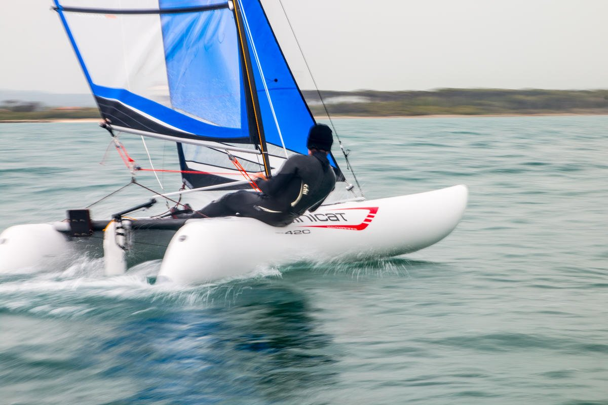 minicatamaran 420 Instinct luz peso hinchable vela catamarán ...