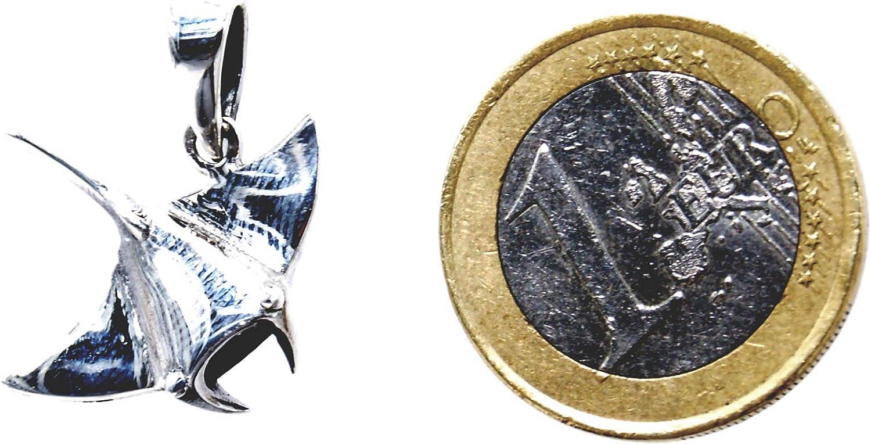 Pendentif raie en argent 925/avec cordon en coton