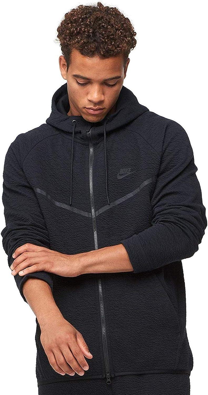 Amazon Com Nike Mens Tech Fleece Icon Textured Full Zip Windrunner Jacket Black Black 929121 010 Size Small Clothing