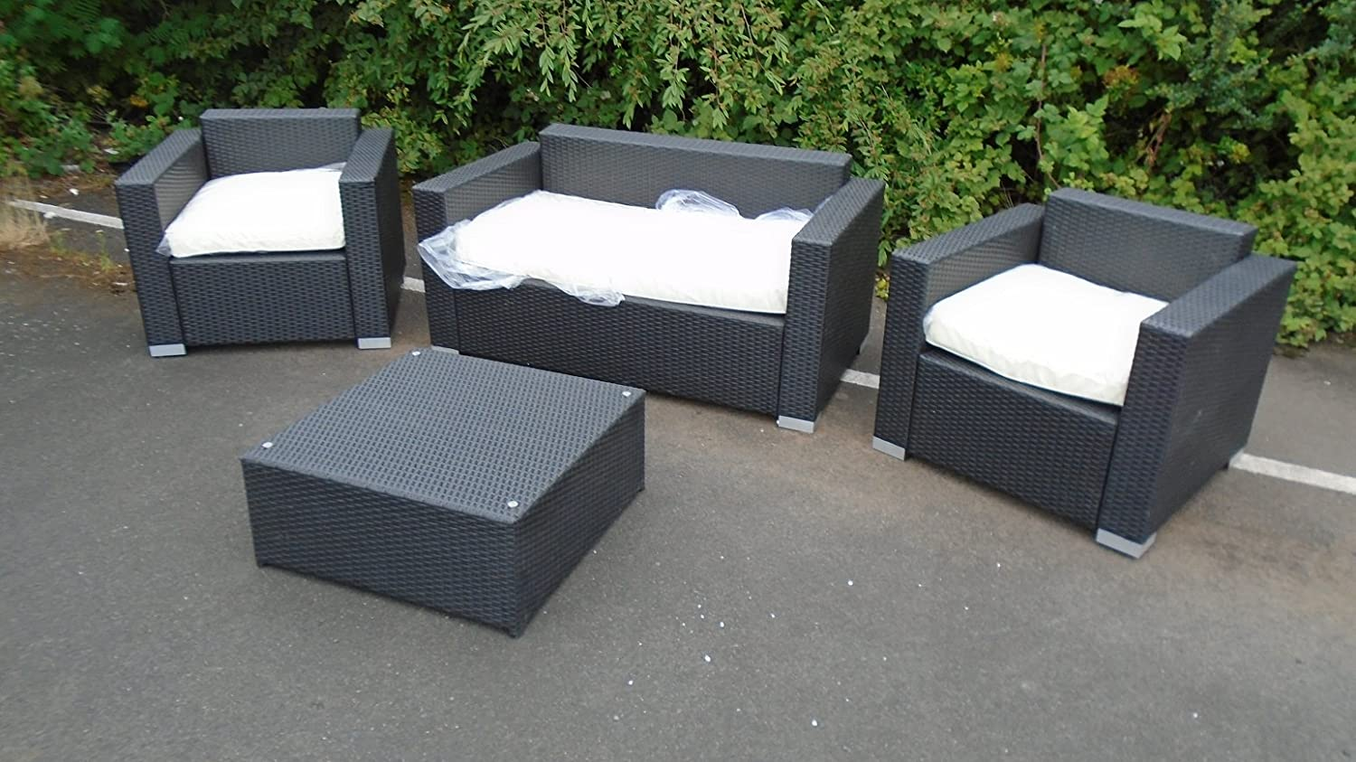 RATTAN 10 SEAT SOFA WITH TABLE & 10 ARM CHAIRS EX-DISPLAY GARDEN