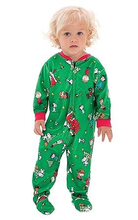 dc357b683d4f Amazon.com  PajamaGram Infant Christmas Pajamas Soft - Charlie Brown ...